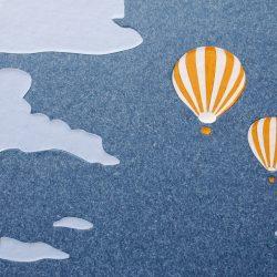 album Oranžové létající balóny