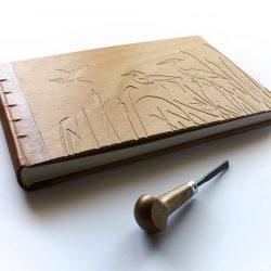 dřevěné album Volavky
