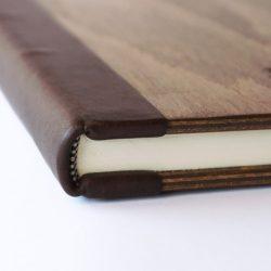 Dřevěná fotokniha - detail