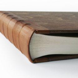 Velké dřevěné fotoalbum Alenka detail