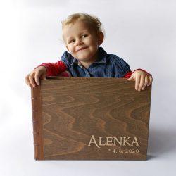 Velké dřevěné fotoalbum Alenka