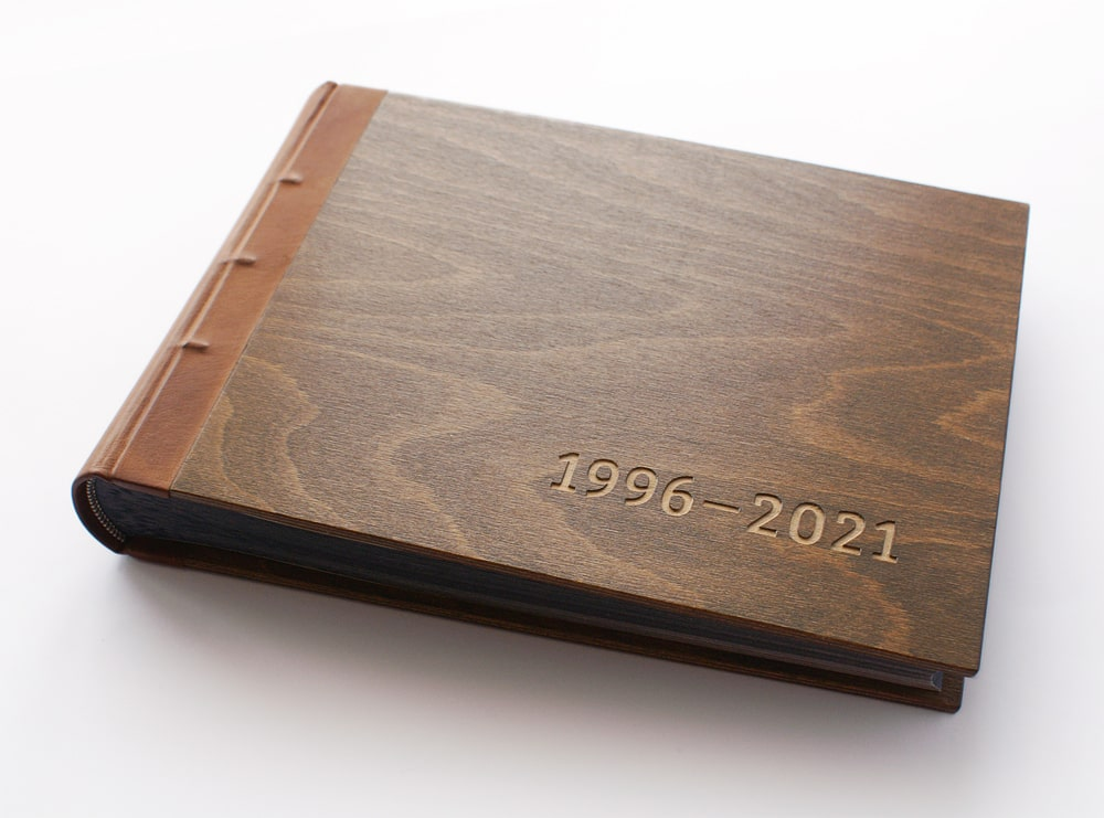 DŘEVĚNÉ FOTOALBUM 1996-2021
